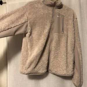 Women's Sherpa Nike jacket zip up